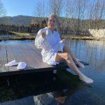 Bibi beim Füsschen baden