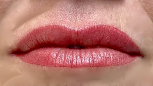 Natürliche Powder Lips